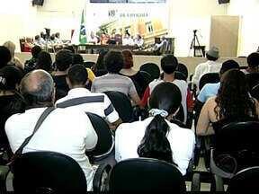 Associação pede revogação da tarifa do transporte coletivo em Uberaba - Medidas foram discutidas pelos usuários em audiência na quarta-feira (9). Tarifa de transporte coletivo da cidade sofreu reajuste de 11,4%.