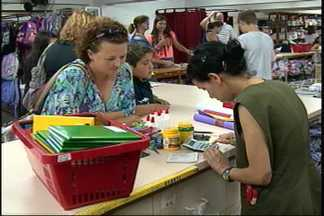 Procon faz pesquisa para orientar os pais em Joinville - Diferença de preços entre produtos chega a 230%