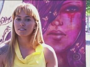 Serginho Groisman mostra o trabalho de Pamela Castro - Grafiteira apresenta um de seus trabalhos e fala sobre a vida de artista de rua