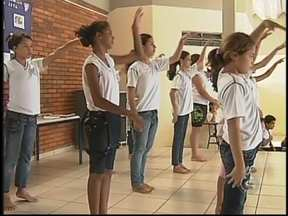 Programa Escola da Família procura voluntários em São José do Rio Preto, SP - O Programa Escola da Família está em busca de voluntários. Há vagas para pessoas interessadas em ajudar a comunidade.