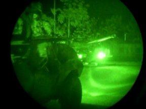 França receberá ajuda no combate aos rebeldes no Mali - A chefe da diplomacia do bloco disse que a crise no Mali é uma ameaça a toda Europa. Soldados franceses, que estavam até agora só na capital Bamaco, seguem para o norte do país que é dominado por rebeldes islâmicos ligados à rede terrorista Al Qaeda.