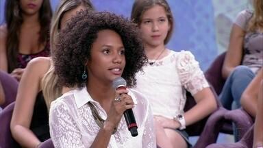 Mãe de Jéssica Ellen sempre incentivou a filha a estudar - Atriz teve que trancar a faculdade para atuar em Malhação