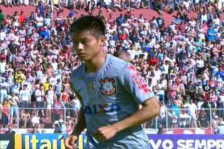 Na estreia como titular, Zizao pedala, dá assistência e ganha elogios de Ronaldo e Sheik - Chinês foi a grande atração da partida entre Corinthians e Paulista, na estreia do Estadual.