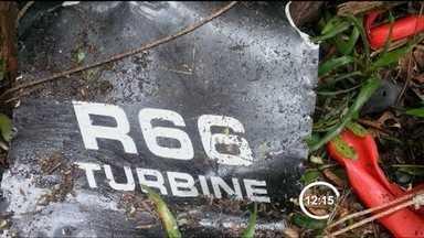 FAB localiza a segunda vítima de acidente com helicóptero em Caraguatatuba (SP) - A Força Aérea Brasileira (FAB) encontrou na manhã desta segunda-feira (21) o corpo da segunda vítima do acidente com um helicóptero, na serra do mar, em Caraguatatuba (SP).