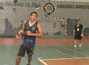 Rio Negro/Mustangs realiza seletiva para time de futebol americano - Seletiva ocorreu no último sábado, no ginásio do clube, no Centro de Manaus, e reuniu aproximadamente 50 participantes.