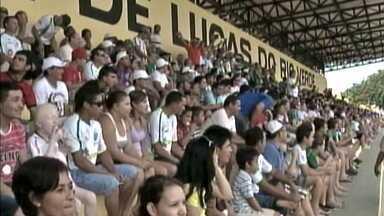 Campeonato Mato-grossense 2013 começa com um clássico - Luverdense e Cuiabá reeditaram a final de 2012, no estádio Passo das Emas. O jogo foi equilibrado e com direito até a torcida pelo árbitro.