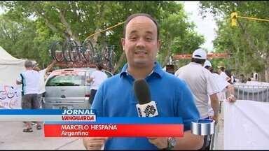 Equipe de ciclismo de São José dos Campos (SP) está na Argentina - Eles disputam a Volta de San Luis, principal competição do continente no esporte.