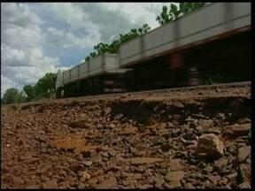 Série estradas - Motoristas enfrentam situação precária na RS 344 - O trecho que liga Santa Rosa a Santo Ângelo tem causado transtornos aos motoristas.