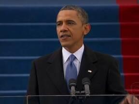 Barack Obama prega a união no discurso da posse - No discurso de posse, Barack Obama foi otimista e focou nos grandes desafios que pretende enfrentar no segundo mandato. Obama convocou o país a continuar a luta pela defesa dos direitos da mulheres, dos imigrantes e dos homossexuais.