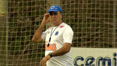 Alguns jogadores do Cruzeiro se tornam problema e preocupam técnico - Caso de Martinuccio, por exemplo, é o mais complicado.