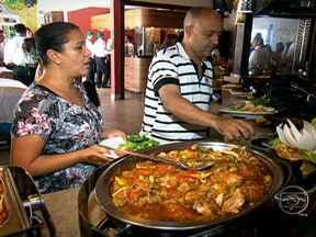 Hotéis com refeições inclusas podem ser armadilha para dieta nas férias - Em Virgínia (MG), as refeições estão incluídas nas diárias de um hotel. A prática é um convite para comer muito e de tudo. Mas também pode ser uma armadilha para a dieta durante as férias.