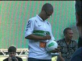 Alex vai estrear pelo Coritiba no próximo sábado - A volta do ídolo é contra o Colón da Argentina.