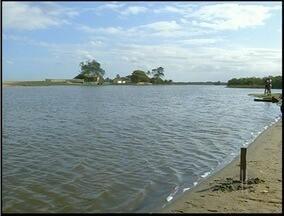 Material de pesca é apreendido em São João da Barra, RJ - A pesca clandestina aconteceu na Lagoa de Iquipari.O período de pesca está proibido até 28 de fevereiro, por conta do defeso.
