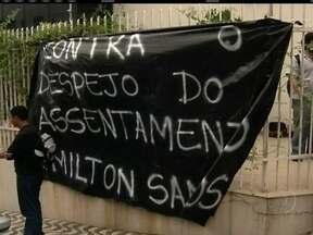 Manifestantes invadem Instituto Lula, em São Paulo - Eles pedem a anulação de uma ordem de despejo de um assentamento no interior do estado. A direção da instituição se comprometeu a buscar uma solução com o Governo Federal. O grupo, no entanto, segue no prédio.