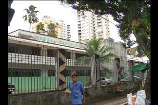 Professor é assaltado dentro da Escola Estadual Vilhena Alves, em Belém - Ele teve o cumputador roubado por dois rapazes, que usavam uniforme da escola.