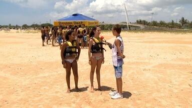 Em Movimento: VC EMME nas praias da Serra - No quadro Você Em Movimento vamos conhecer algumas opções de diversão na Praia de Capuba e de Jacaraípe na Serra, com o nosso repórter por um dia Luiz Fernando de 11 anos.