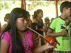 Funai tenta acalmar ânimos na região de Guaíra - Problemas envolvedo território dos índios estão no campo e também dentro da cidade.