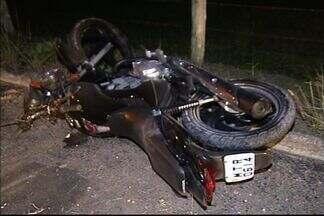 Motociclista morre após atingir cerca em rodovia do ES - Segundo polícia, condutor não possuía carteira de habilitação.
