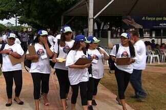 Bairro de Campo Grande recebe mutirão contra a dengue neste sábado - Moradores, agentes comunitários e funcionários de um posto de saúde do bairro Serradinho, em Campo Grande, fizeram um mutirão contra a dengue neste sábado.