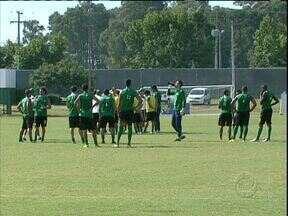 Coritiba em duas frentes no fim de semana - Elenco se divide entre amistoso de reestreia de Alex e jogo com o Cianorte pelo Campeonato Paranaense