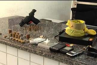 Polícia vai investigar participação de traficante em quadrilha que assaltava residências - A Polícia Civil vai investigar a participação de um traficante preso ontem (25) à tarde em São Luís, na quadrilha que assaltava residências na capital. Na casa do homem preso havia drogas e também uma arma de uso da polícia.