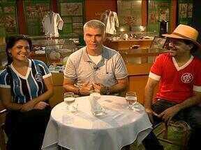 Maurício Saraiva recebe Shana Müller e Neto Fagundes - Uma bate-papo descontraído com direito à futebol e música.