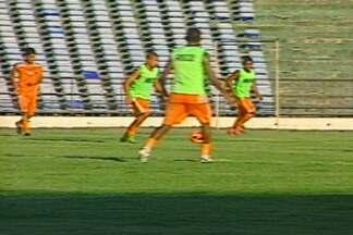 Auto Esporte encara jogo contra Botafogo como decisivo - Time está com apenas 5 pontos em 6 jogos.