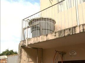 Falta de água atinge moradores de bairro de Florianópolis - Falta de água atinge moradores de bairro de Florianópolis