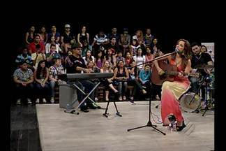 """Programa """"É do Pará"""" comemora aniversário de 9 anos - Cantora Liah Soares foi uma das atrações do programa deste sábado (26)."""