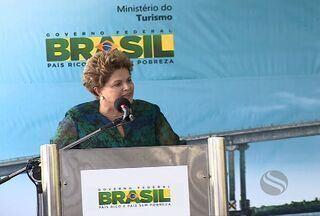Confira a cobertura completa da visita da presidente Dilma Rousseff em Sergipe - Entre as pautas do dia estavam à inauguração da Ponte Gilberto Amado, Parque Eólico da Barra dos Coqueiros, pronunciamento sobre o Proinveste e a relação com o governador Marcelo Déda.