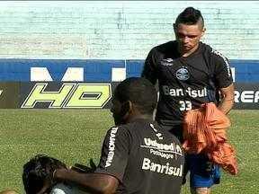 Grêmio enfrenta a LDU nesta quarta-feira - Torcedores irão de preto em homenagem às vítimas do incêndio em Santa Maria.