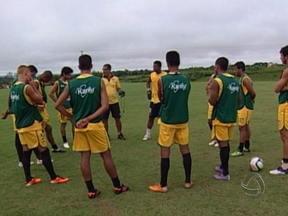 Luverdense enfrenta o Rondonópolis pelo Mato-grossense 2013 - O time do Rondonópolis enfrenta o Luverdense na noite desta quarta-feira em Lucas do Rio Verde.