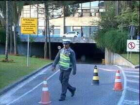 Obras complicam acesso à rodoviária de Curitiba - Venda de passagem interestaduais muda de local