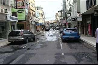 Moradores e comerciantes de bairro de Vila Velha, ES, sofrem com arrombamentos - Na Glória, arrombamentos se tornaram comuns durante a noite.