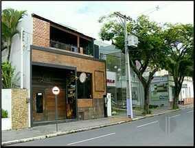 Comissão é criada em Campos, RJ, para fiscalizar boates da cidade - Grupo é formado por vereadores, MPE, Prefeitura e Bombeiros.Comissão surgiu motivada pela tragédia que aconteceu em Santa Maria.