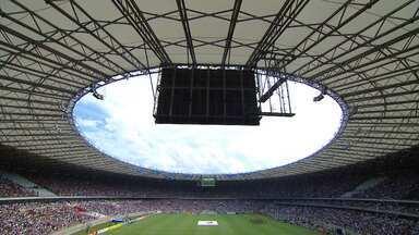 Jogo de reabertura do Mineirão marca reencontro das torcidas rivais de Minas - O estádio remodelado recebeu cerca de 53 mil torcedores neste domingo (3).