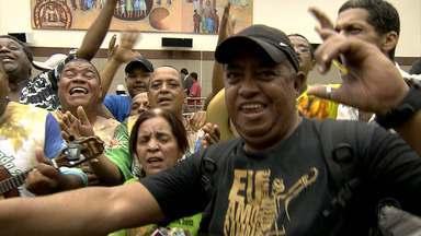 Escola 'Canto da Alvorada' é a campeã do carnaval de Belo Horizonte - Agremiação fez homenagem a artista plástica Yara Tupynambá