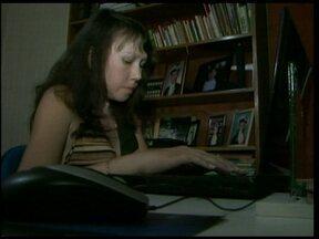Estudante cega se forma em Computação - Superação de limites para realizar um sonho. Uma jovem cega se formou em computação e já tem novos desafios.
