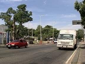 Bangu tem o pior nível de poluição o ar do Rio de Janeiro - A Secretaria Municipal do Meio Ambiente monitora as condições do ar em nove pontos da cidade. As categorias variam entre Boa e Péssima e Bangu foi o único ponto a que recebeu a classificação Má essa semana.