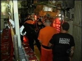 Quarenta detentos são transferidos para presídios de outros estados - Cinco ataques são registrados desde a noite de sexta-feira.
