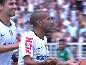 Corinthians e Palmeiras empatam em clássico no Paulistão - Em São Paulo, o Corinthians saiu na frente com um gol de Emerson Sheik. Mas o Palmeiras conseguiu virar o jogo e só não venceu porque Romarinho marcou no fim da partida. No Rio de Janeiro, o Flamengo venceu o Botafogo por 1 a 0.