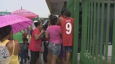 Presos são transferidos após rebelião no Puraquequara, em Manaus - Após negociações, 22 detentos foram transferidos para outras unidades. Segundo Sejus, três agentes mantidos reféns foram liberados sem ferimentos.