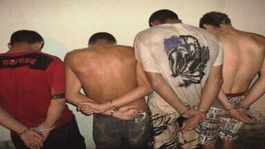 Polícia Militar apreendeu 8,2 quilos de drogas no Jardim Paineiras em Rio Claro - Polícia Militar apreendeu 8,2 quilos de drogas no Jardim Paineiras em Rio Claro.