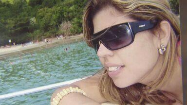 Audiência do caso da jovem que foi atropelada e morta em 2010, é realizado em Santos, SP - Uma audiência do caso da jovem que foi atropelada e morta quando estava com o namorado, numa moto parada num semáforo na avenida da praia, no Gonzaga, foi realizada nesta quarta-feira, em Santos, no litoral de São Paulo.