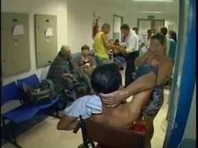 Pacientes internados no Hospital Regional sofrem com a emergência lotada - Pacientes internados no Hospital Regional sofrem com a super lotação.