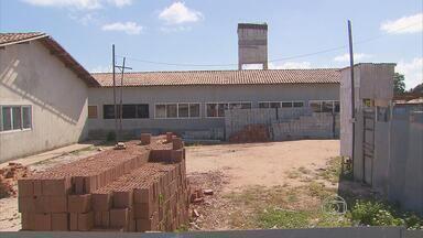 Moradores de comunidade em Paulista aguardam a entrega de casas há quatro anos - Cobrança do Calendário do NETV 1ª Edição acontece na Comunidade Chega Mais. São 41 casas.