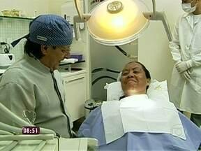 Maria cuida do visual para encontrar Radge pela primeira vez - Ela faz tratamento odontológico e limpeza de pele