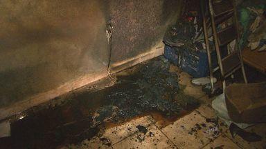 Duas crianças ficam feridas em incêndio em Sertãozinho, SP - Curto circuito em fiação de ventilador pode ter sido causa. Meninos moram com avó em casa no Jardim Santa Clara.