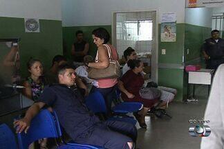 Epidemia de dengue deixa unidades de saúde lotadas em Goiânia - Muitos pacientes que procuraram atendimento médico nesta manhã enfrentaram dificuldade e demora.
