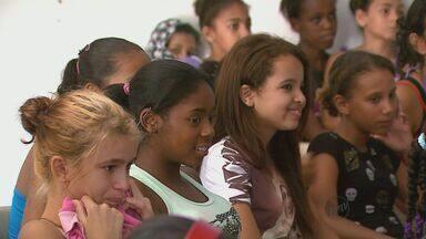 São Carlos e Araraquara apresentam baixo índice de jovens expostos à violência - São Carlos e Araraquara apresentam baixo índice de jovens expostos à violência.